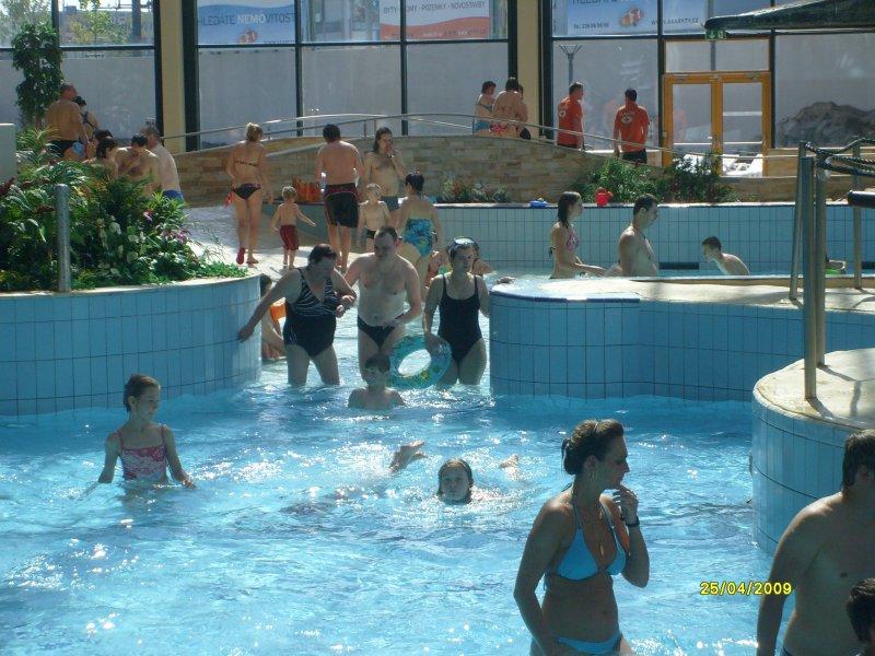 """Akvapark """"Vodní svět"""", Praha - Čestlice"""