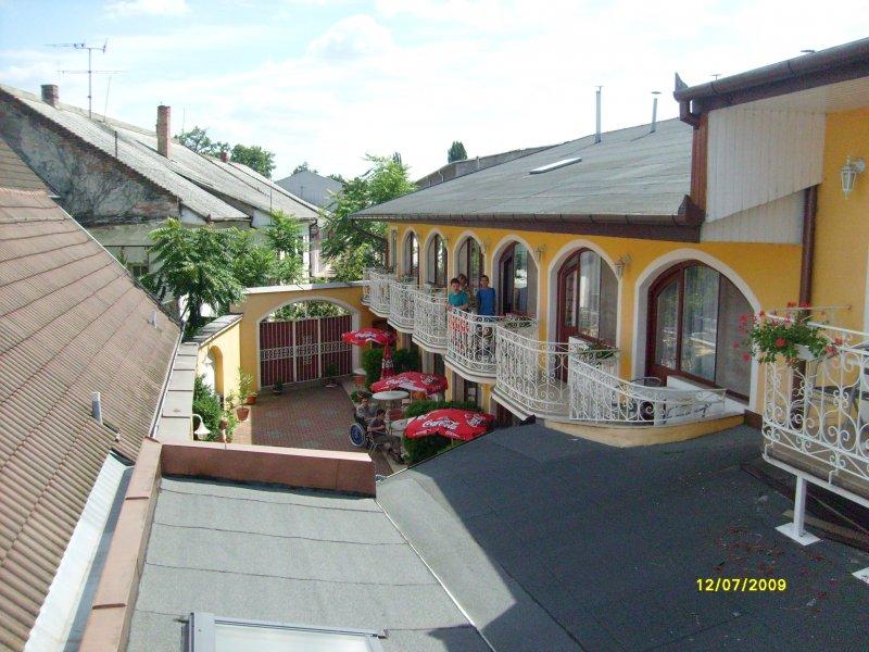 Hotel Átrium, Štúrovo